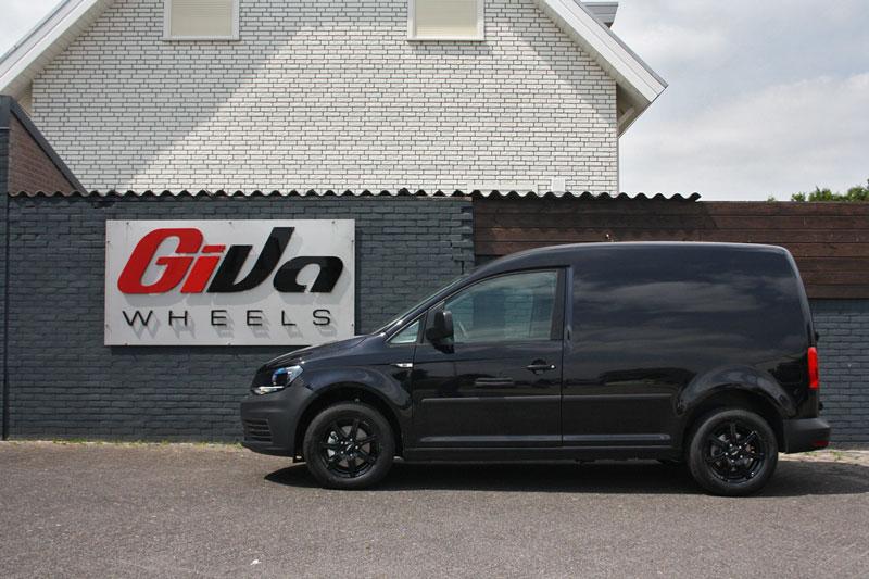 Volkswagen Caddy Met Inter Action Sirius Black Velgen Giva