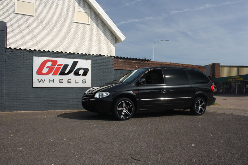 Chrysler Grand Voyager Met Axe Ex14 Black With Polished Face