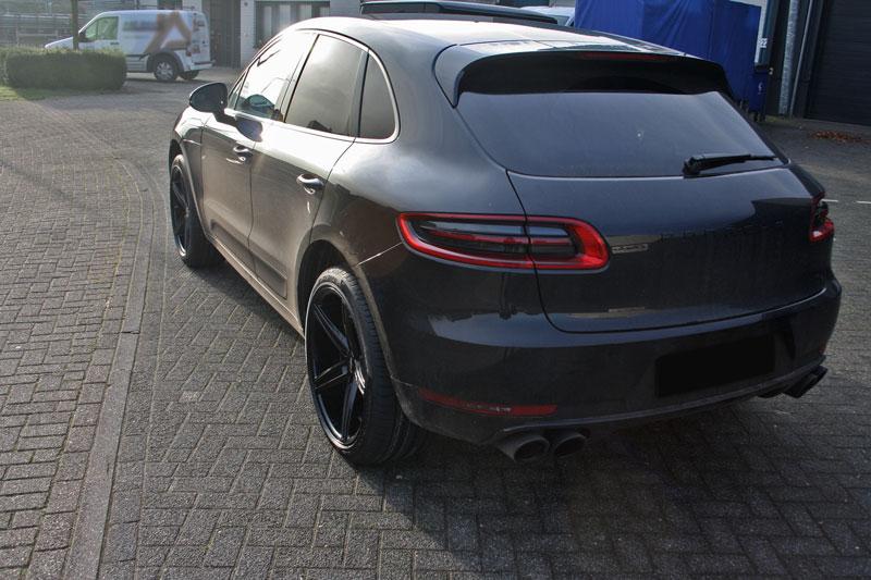 Porsche Macan Met Oxigin 18 Concave Black Velgen Giva Wheels B V