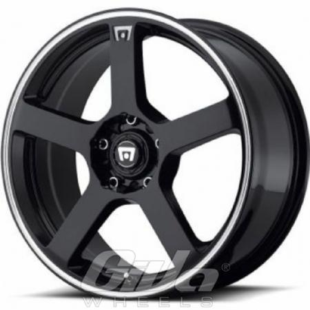 Motegi Racing MR116 Black with polished lip