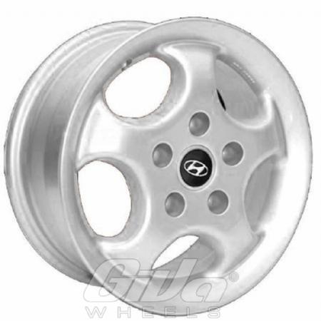 Hyundai 5 Spoke Cup-style Silver